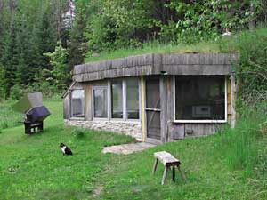 Homesteading a house simple green living for Does homesteading still exist