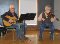 Daasch & Schmeck playing for dance